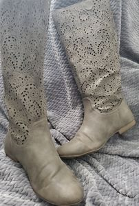 Lacy boots